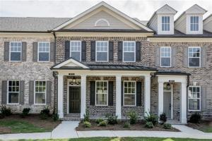 Quick Move-In Homes Available at Roswell Towneship