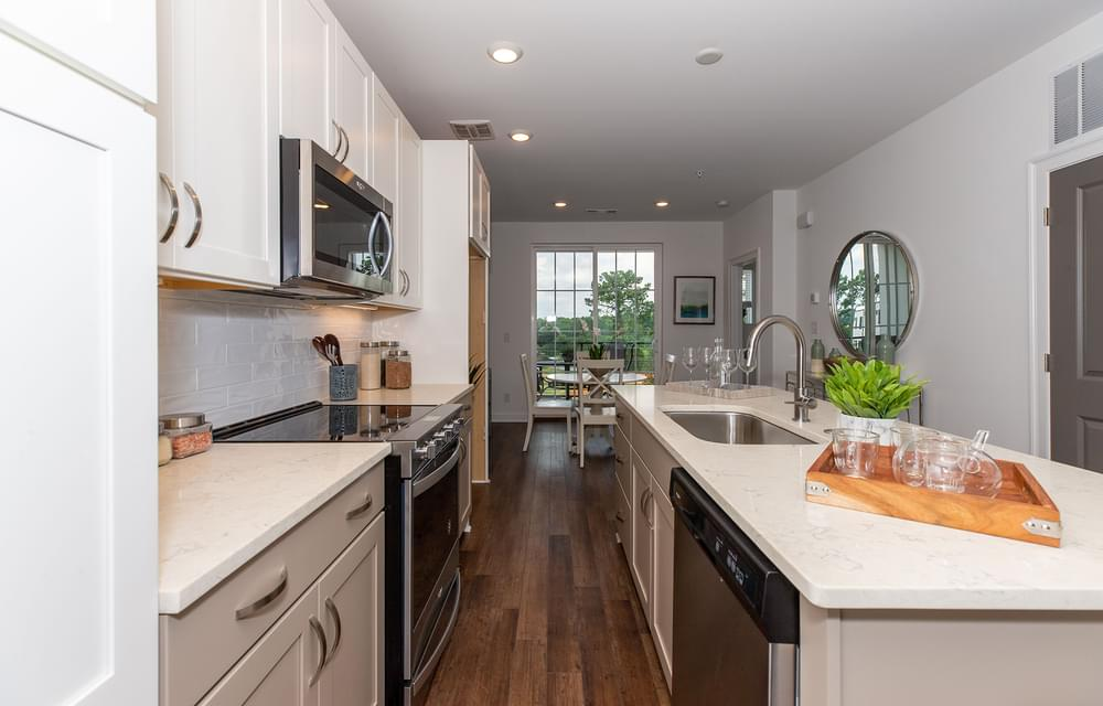 Crawford Home Design KItchen. 1,490sf New Home in Alpharetta, GA