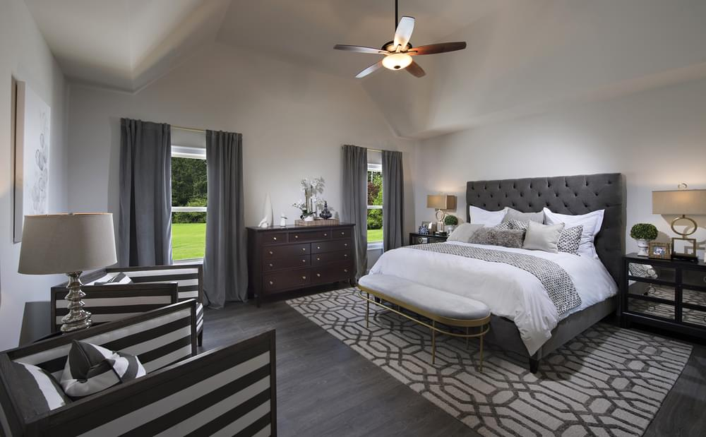 Crestwick Home Design Owner's Suite. 4br New Home in Johns Creek, GA