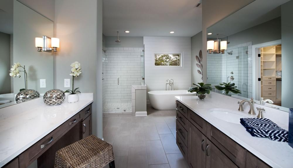Mathews Home Design Owner's Bath. New Home in Johns Creek, GA