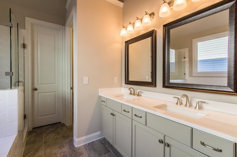 Kentmere Home Design Owner's Bath. 4br New Home in Johns Creek, GA