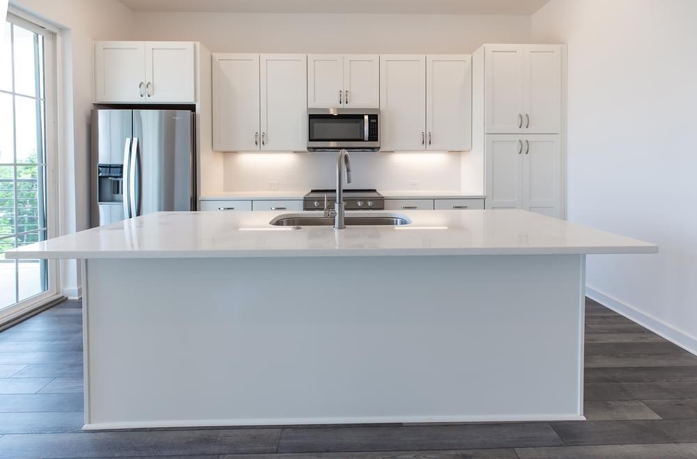 Edgehill Home Design Kitchen. 1,341sf New Home in Alpharetta, GA