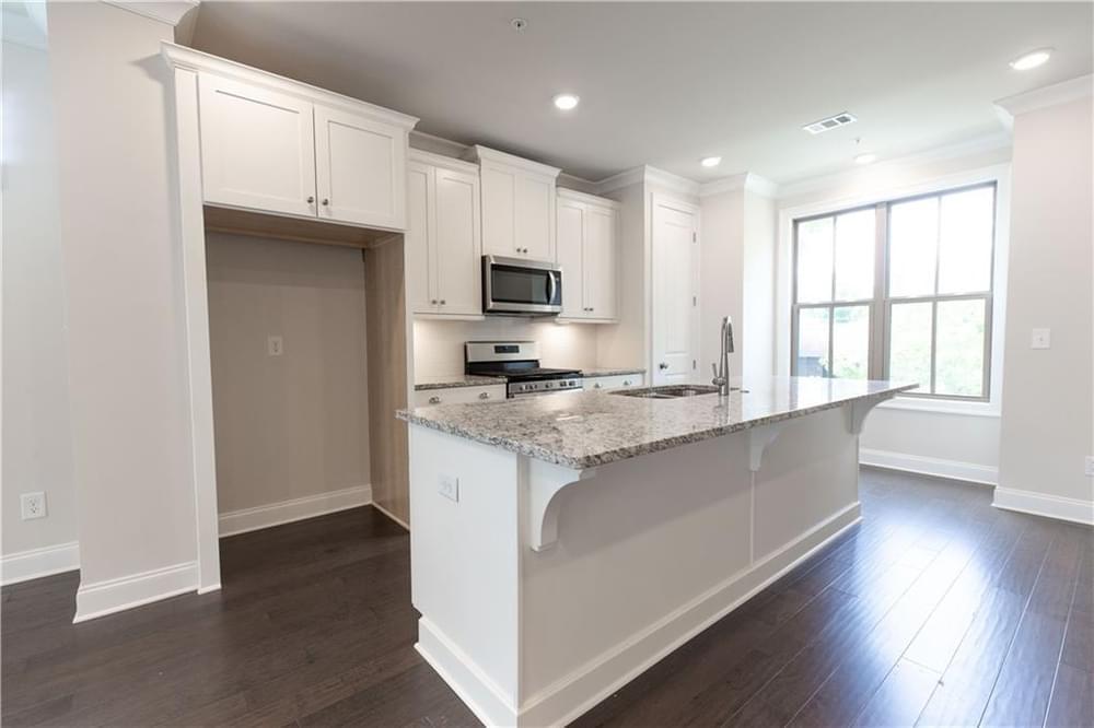 2,005sf New Home in Smyrna, GA