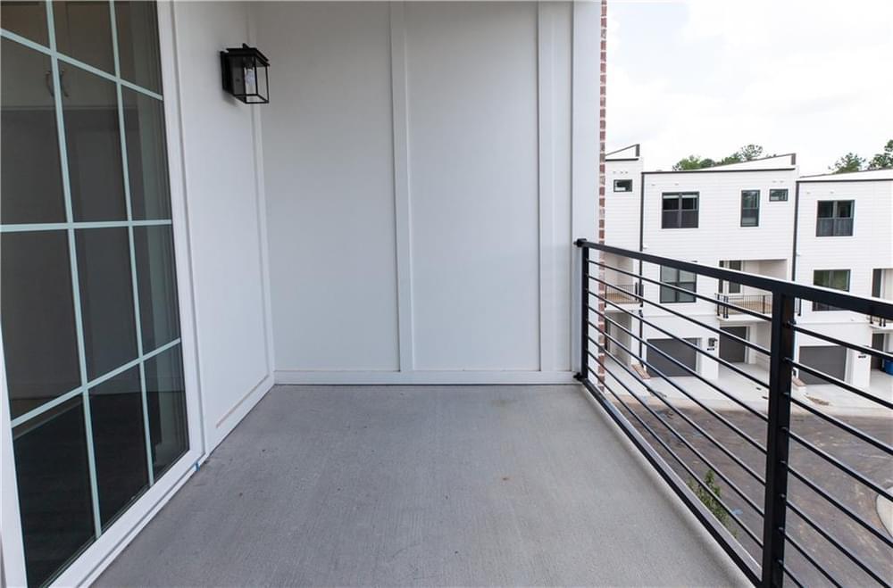 1,340sf New Home in Alpharetta, GA