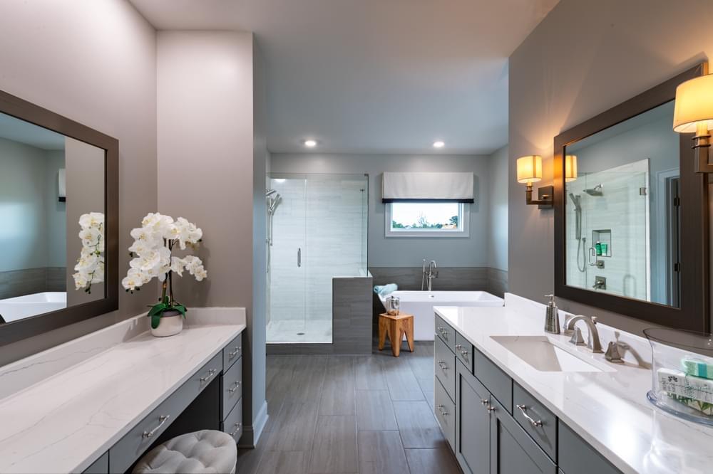 Bathrooms Photos