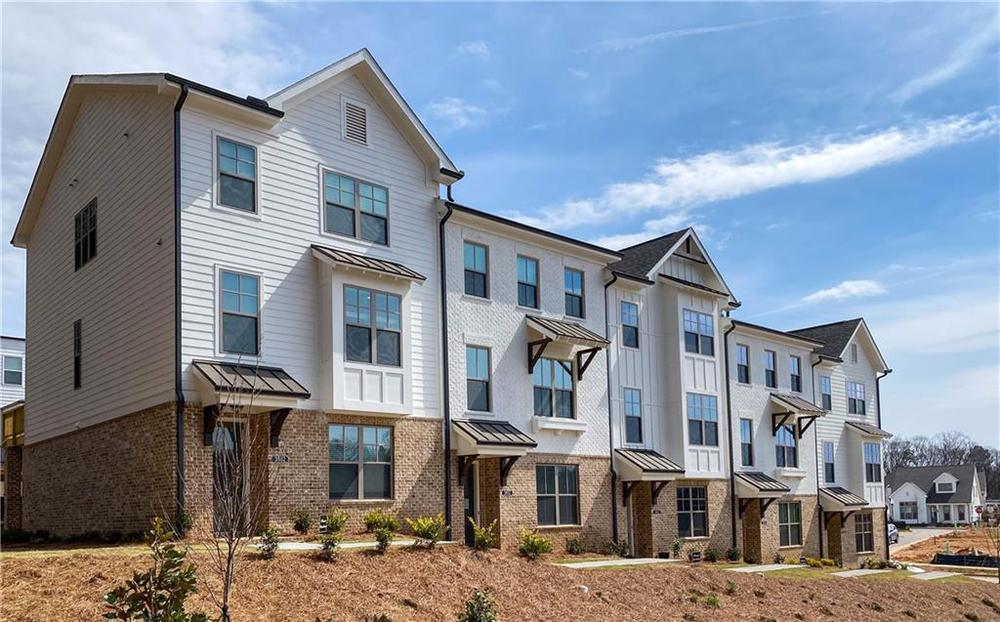 3642 Planting Field, 87 New Home for Sale in Suwanee GA