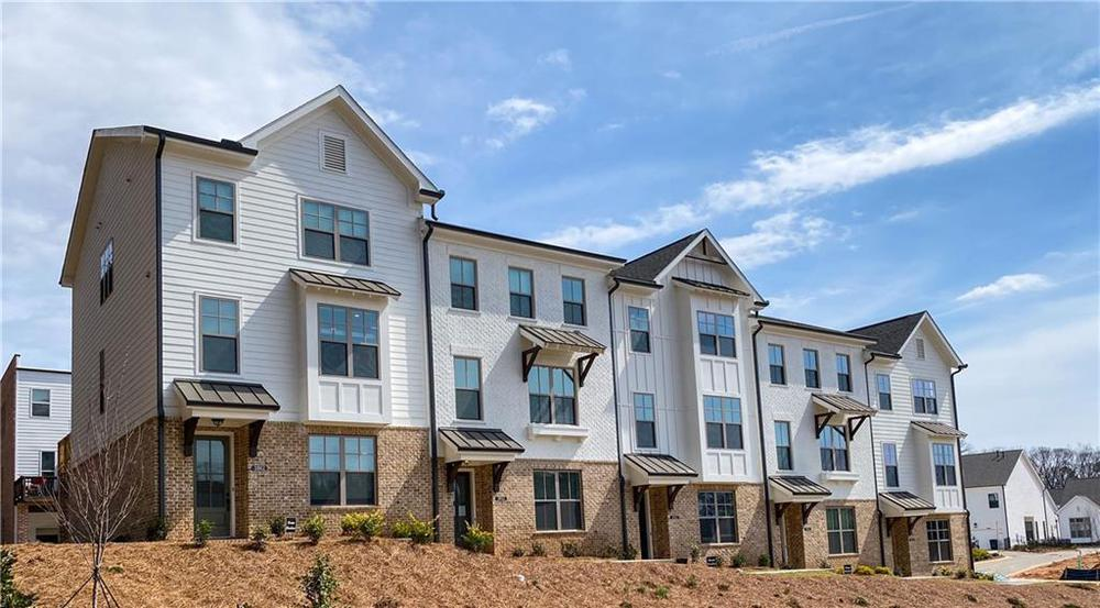3633 Planting Field, 95 New Home for Sale in Suwanee GA