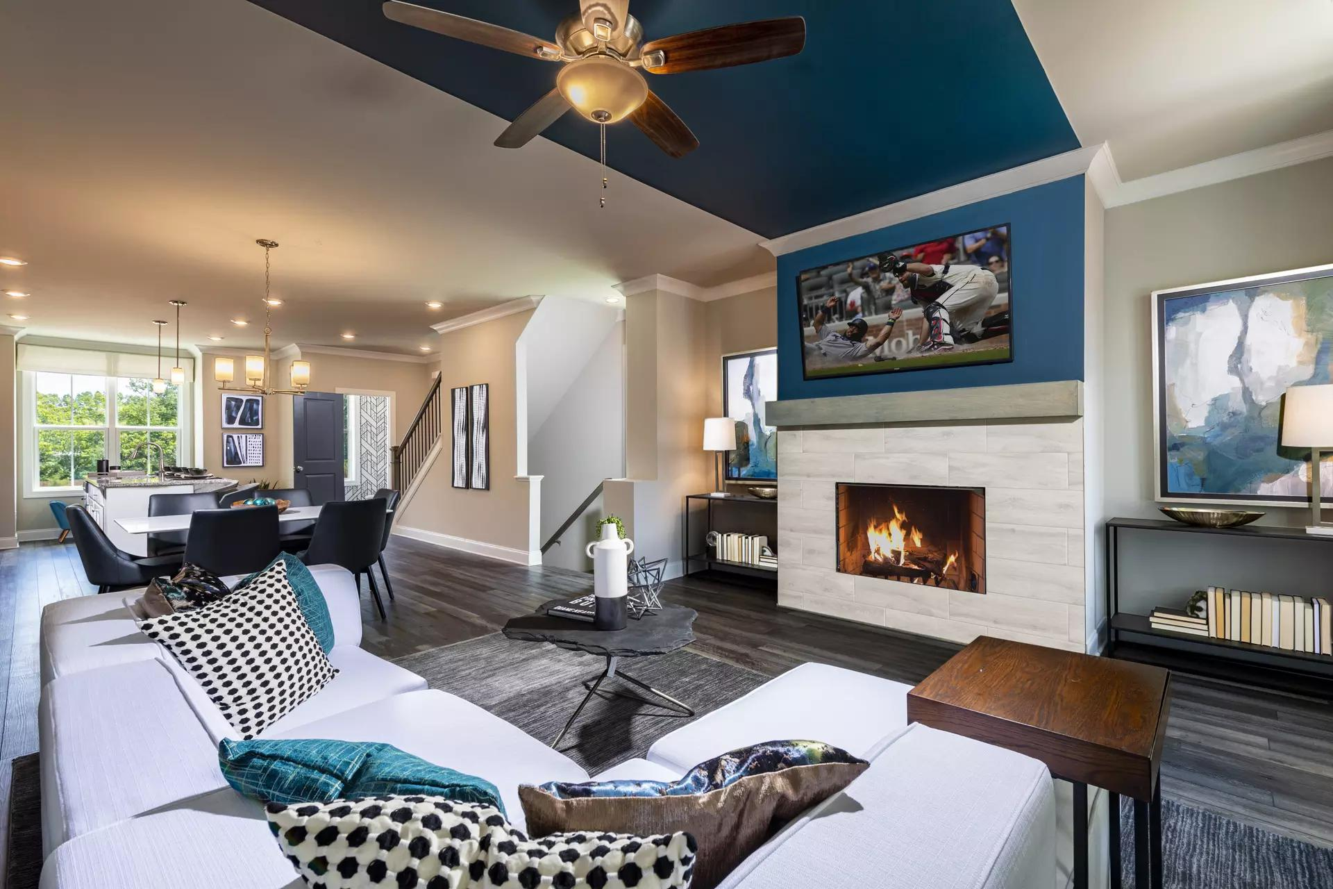 Find the Spice of Life in Glendale Rowes