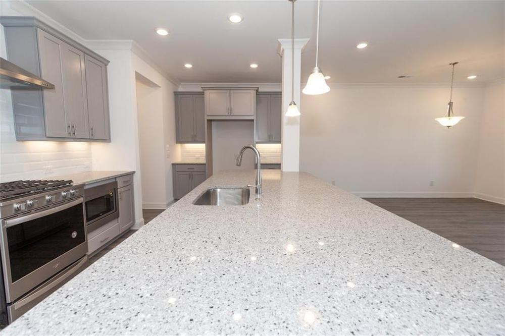 Quartz Kitchen Countertops . Duluth, GA New Home