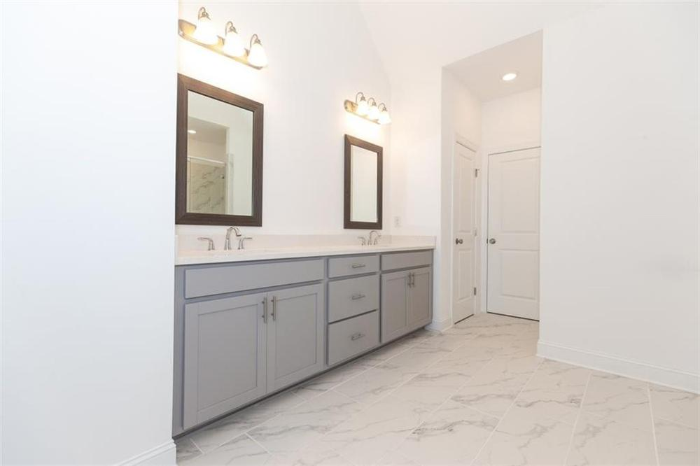 Master Bathroom . 3837 Knox Park Overlook, 29, Duluth, GA