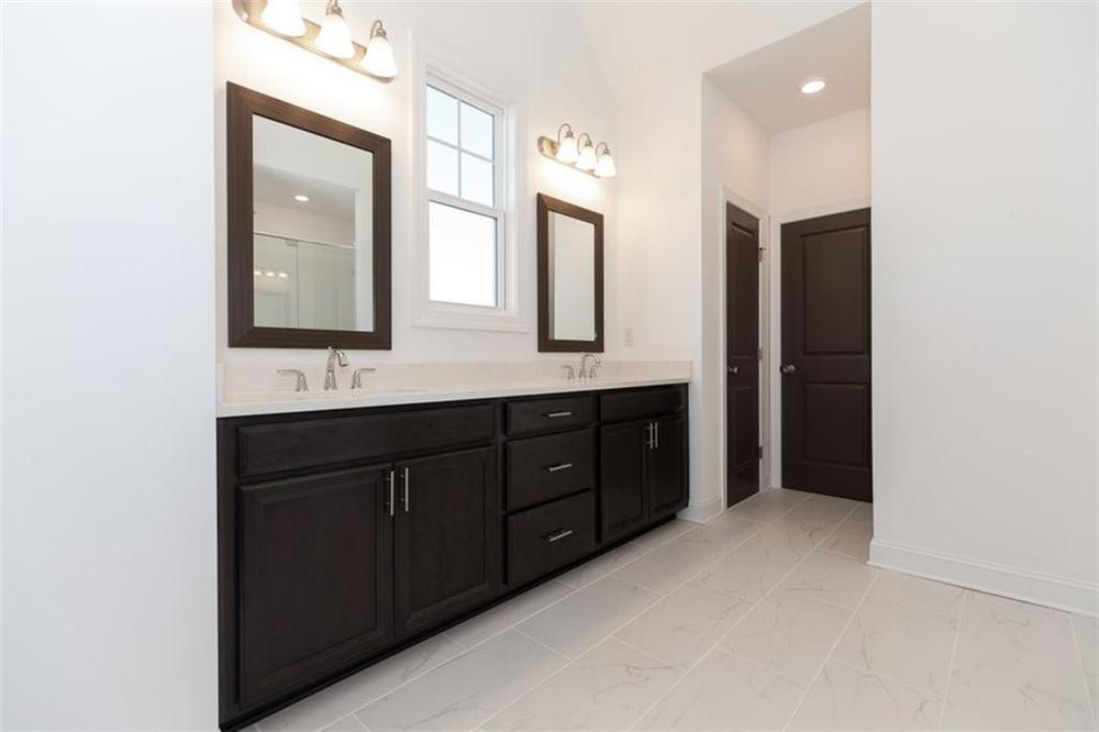 Master Bathroom . 3br New Home in Duluth, GA